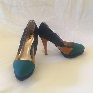 "Qupid Blue/Yellow/Aqua 4"" Heels Size 7 NEW"